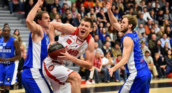 Franko Kastropil joined Apoel Nicosia