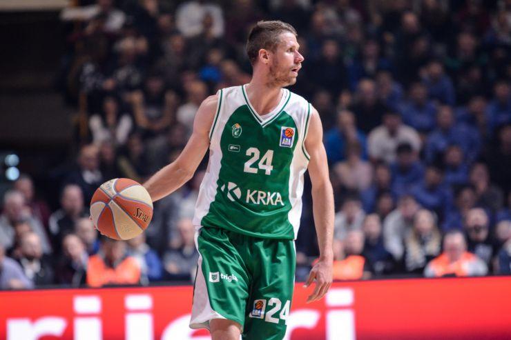 Luka Lapornik remains with Krka